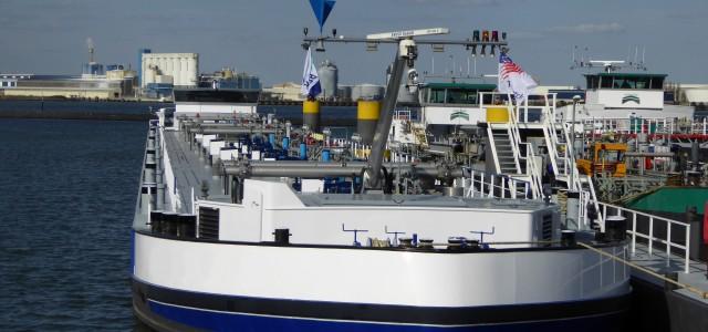 Binnenvaart tanker